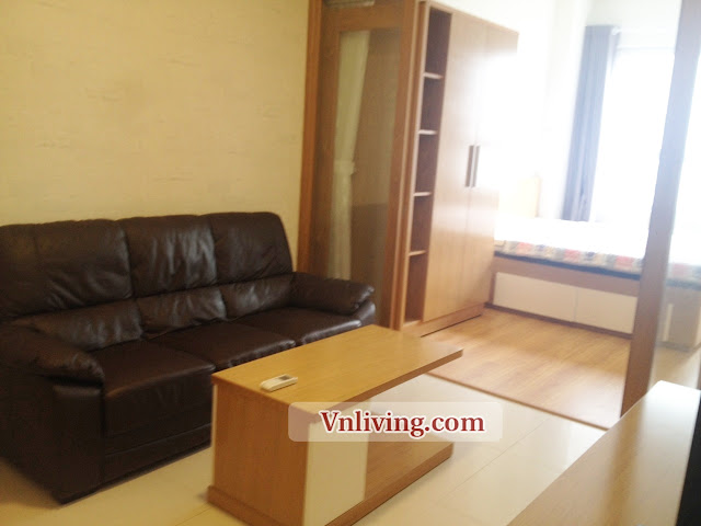 Living room Lexington residence apartment for rent 1 bedrooms wood style