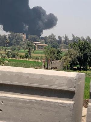 8 سيارات إطفاء تسيطر على حريق مخزن مواد كيميائية بكرداسة