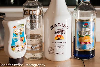 coco snowball, christmas cocktail, blue christmas cocktail, vanilla vodka, coconut rum, Malibu rum, cream of coconut, blue curacao