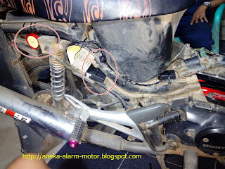 cara pasang alarm motor remote pada Honda Supra X 125 Fi