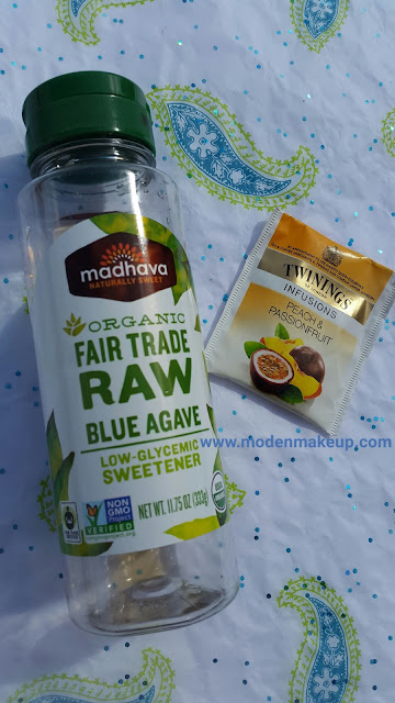 Madhava Organic Fair Trade Raw Blue Agave + Twinings Infusions Peach & Passionfruit - www.modenmakeup.com