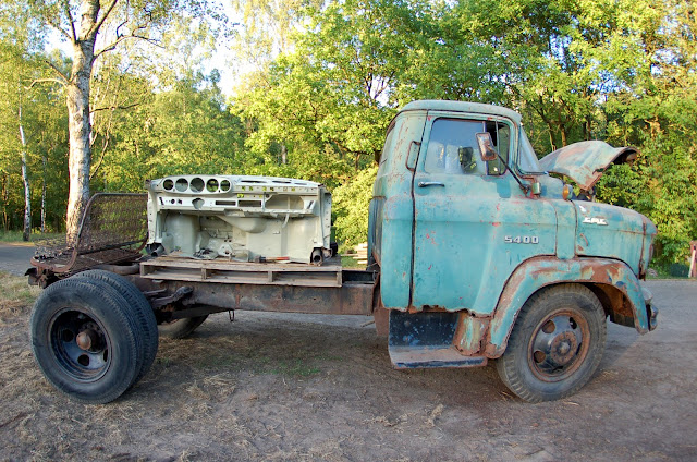 247 AUTOHOLIC: 1957 GMC Task Force Truck
