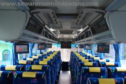 Interior Sewa Bus Pariwisata 25/27 Seat di Padang Bukittinggi