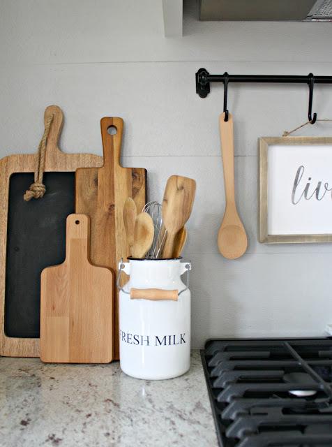 Cute ways to organize in the kitchen