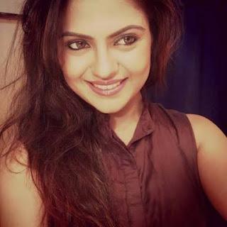 Biodata Nama Pemain Pemeran Raj Lakshmi sinetron India Ishq Ka Rang Safed MNCTV
