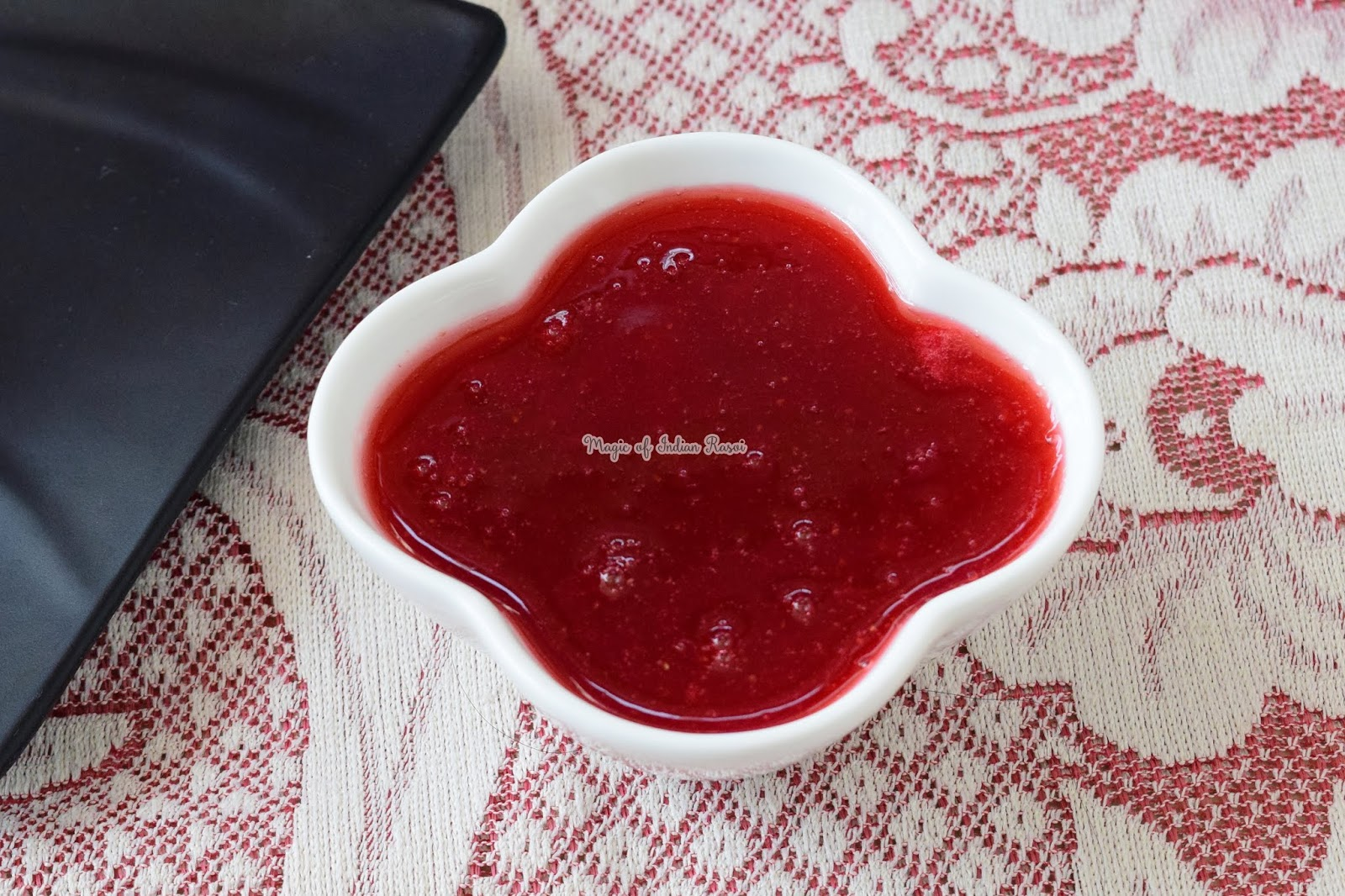 Homemade Strawberry Crush without Preservatives & Citric Acid Recipe - स्ट्रॉबेरीज क्रश सिरप बिना निम्बू के फूल और प्रेसेर्वटिवेस के  - Priya R - Magic of Indian Rasoi