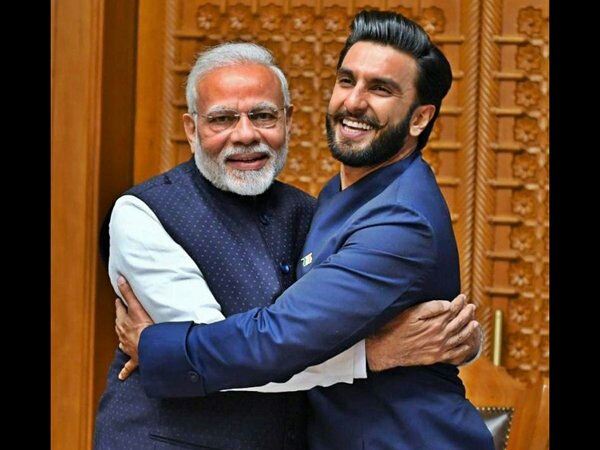 Ranveer Singh's ' PM Modi Jadoo Ki Jhappi' To PM Modi Is All Things Adorable!