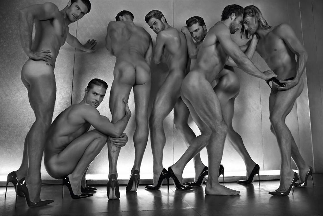 Фото красивых голых мужчин фото, Голые мужчины фото - обнаженные парни 22 фотография