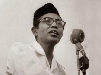 Muhammad Natsir Sang Bapak NKRI (Zulkifli Hasan, Ketua MPR RI)