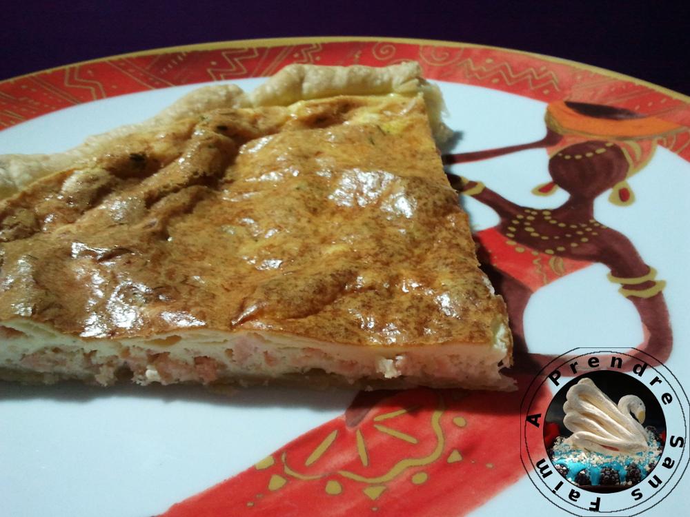 Quiche au saumon fumé et fromage à l'ail (pas à pas en photos)