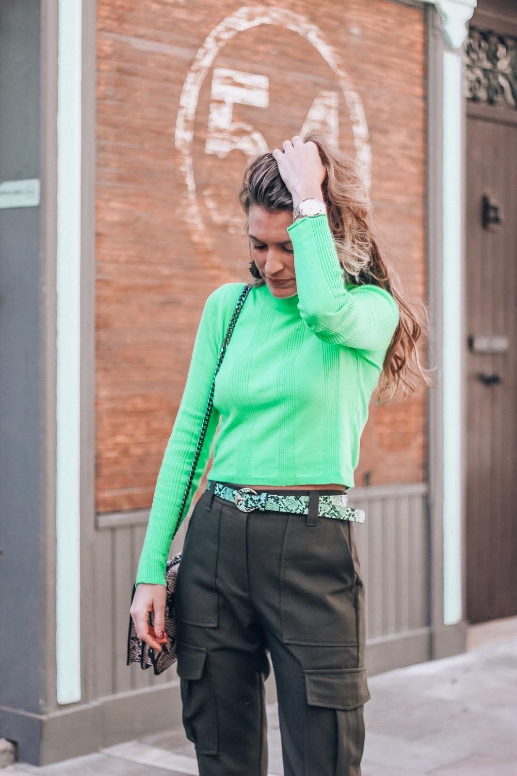 camiseta verde neón