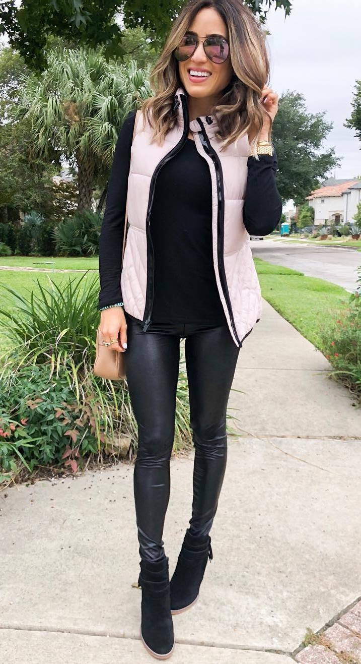 how to style a pair of leazer pants / beige vest + black top + boots