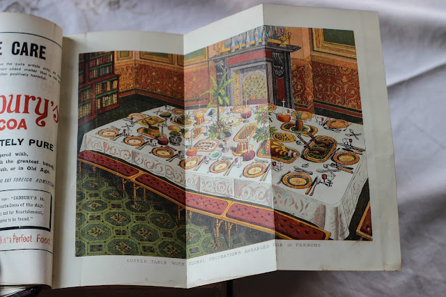 Mrs Beeton's Book of Household Management - How to lay a table for 16