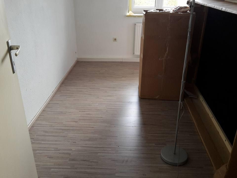 rosa w lkchen umzugstagebuch 3 die b den sind fertig kein internet mehr d. Black Bedroom Furniture Sets. Home Design Ideas