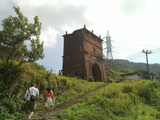 Hai Van Gate recognised as national relic 2