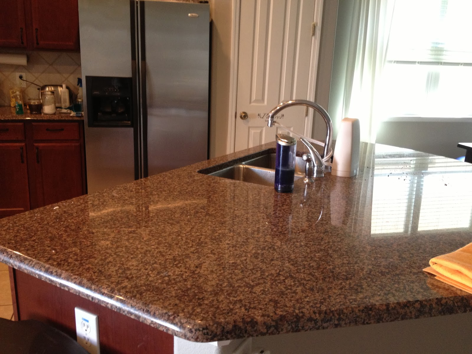 Best Way To Clean Granite Countertops How To Clean Granite Naturally The Right Way Overthrow