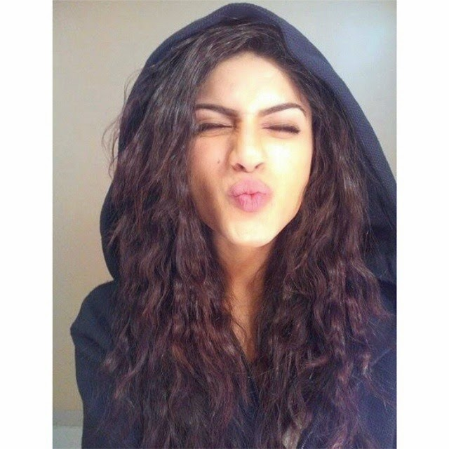 how is it even possible for someone to be this adorably cute! 😻✨💜| // sapna pabbi , @sapnapabbi_official
