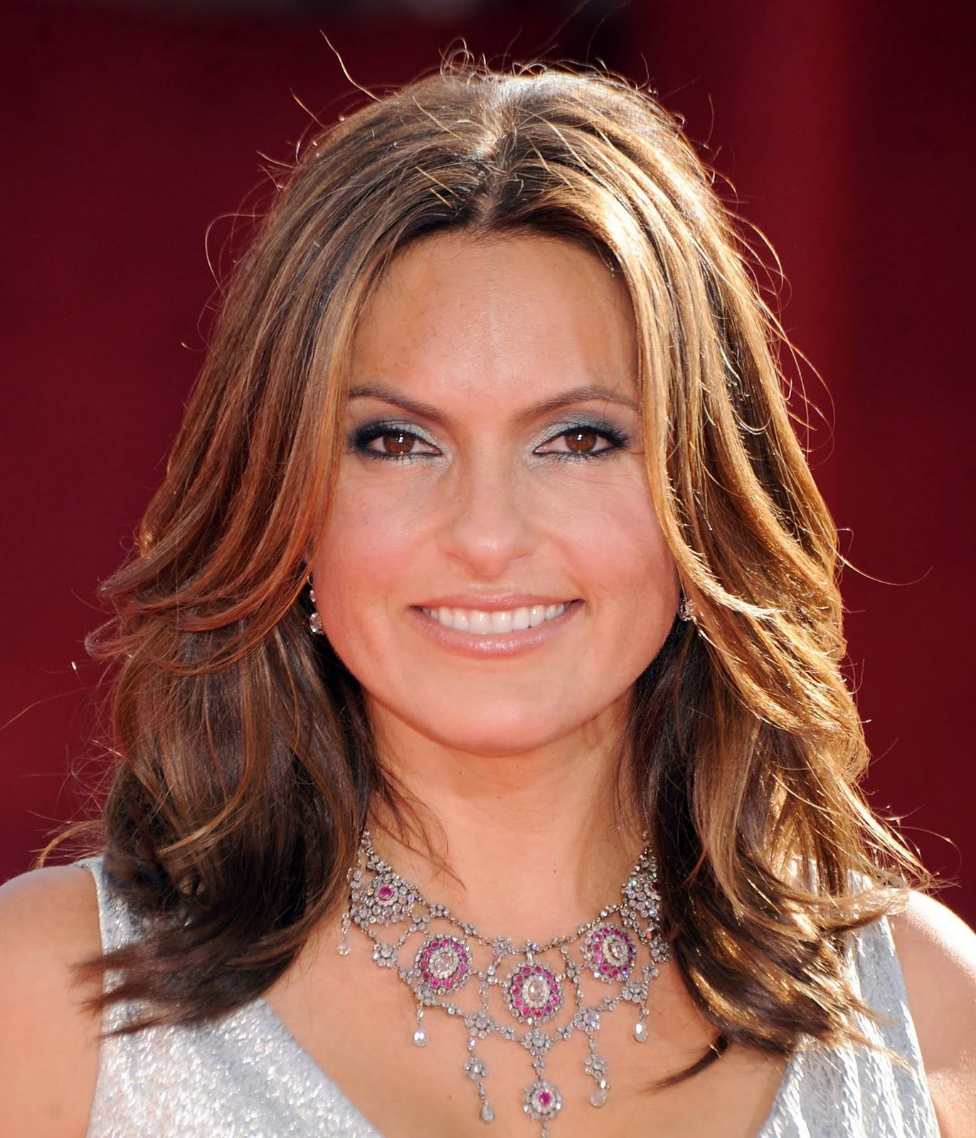celebrity trendy hairstyle wallpaper ~ hairstyles 2011