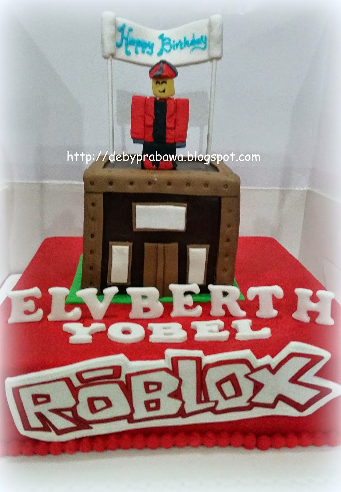Girl Roblox Cakes For Birthday Kids