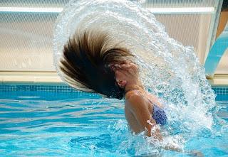 Cara alami mengatasi rambut rontok dan kering