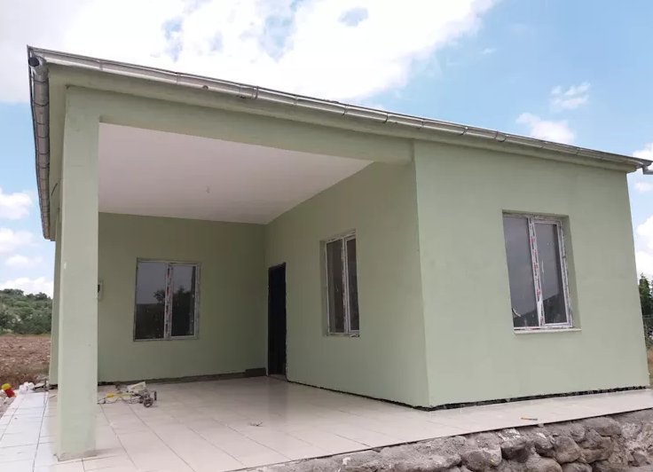 What designs and styles of houses do Filipinos like? A lot of Filipino people are looking for a charming and comfortable house that's within their budget, so they prefer to build a small one. Let's take a look at some examples of truly inspiring small house designs that we're sure a lot of Filipino will love.