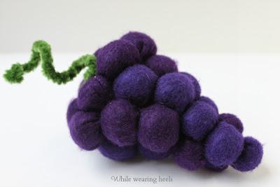 grape+141 - Uva de feltro