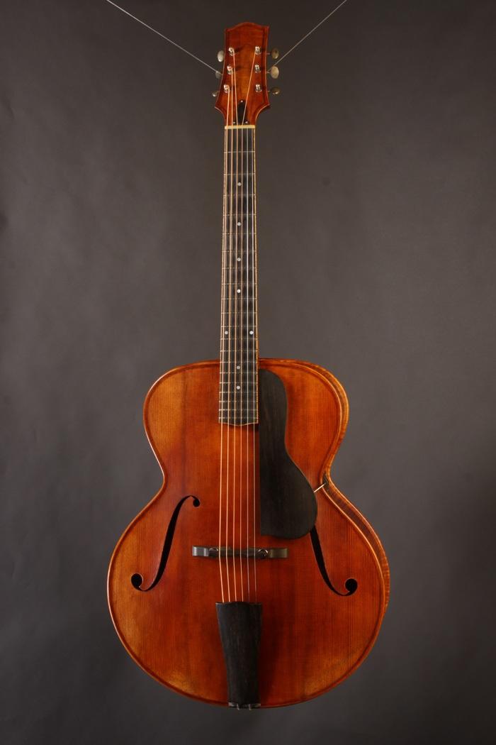 the unique guitar blog eric clapton 39 s guitars for sale at gruhn guitars. Black Bedroom Furniture Sets. Home Design Ideas