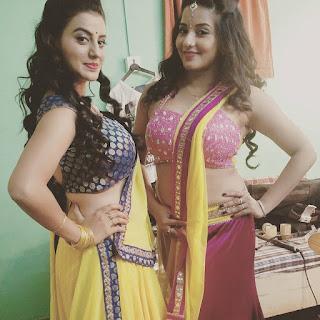 Akshara Singh with Monalisa