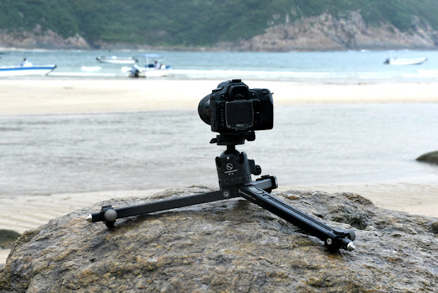 Sunwayfoto T1A20 Alu Ground Level Tripod at the beach II