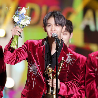 Foto Jinyoung Golden Disc Awards 2018