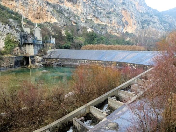 Presa del Canal de Piñana