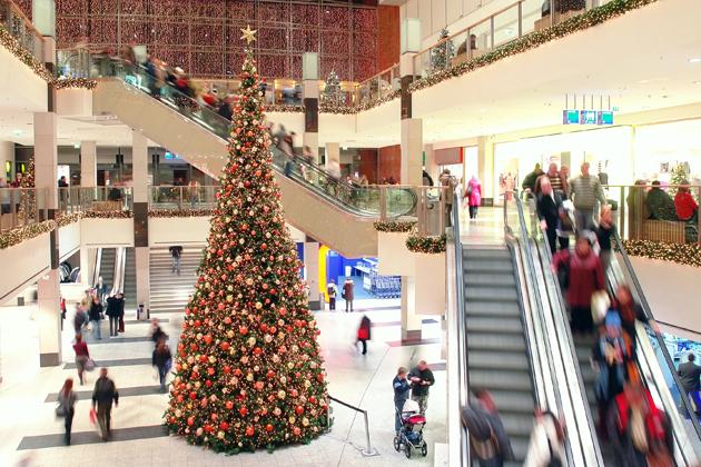8 maneras de desperdiciar tu dinero esta Navidad