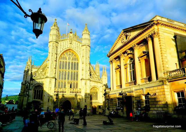 A Abadia Medieval de Bath e as Termas Romanas