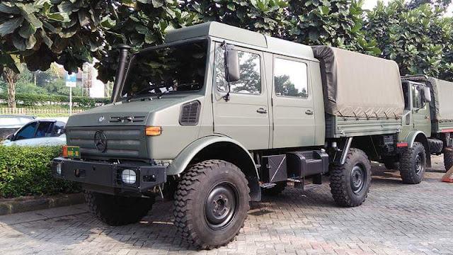 Unimog double cabin tentara TNI