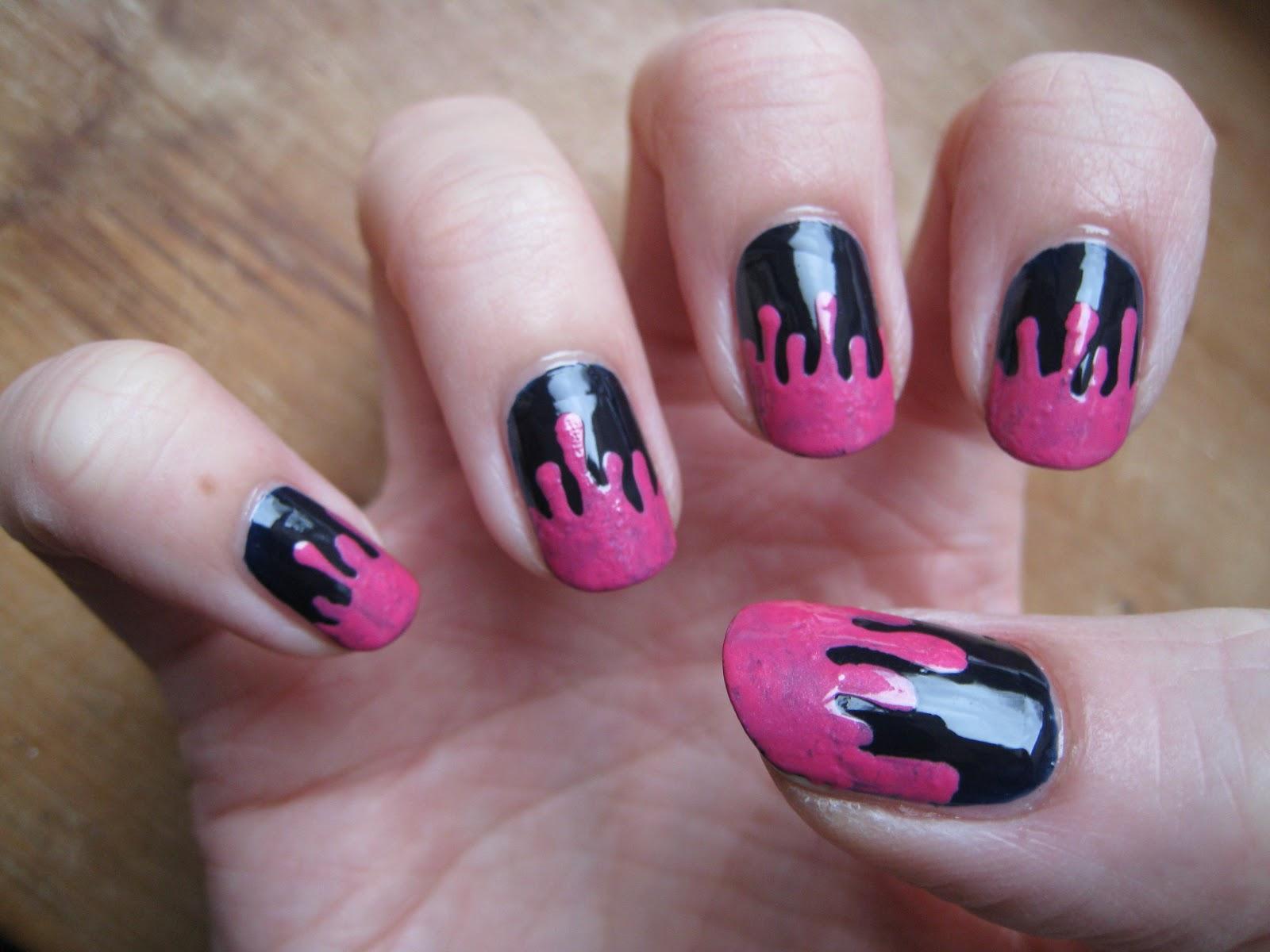 Naily perfect: Pink drippy nails