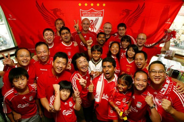 Hong kong red supporters club marked its 10th anniversary...