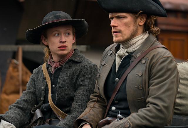 Ian Jr y Jamie Fraser en un momento de la cuarta temporada de Outlander