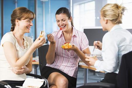 Những lý do khiến phụ nữ dễ béo hơn nam giới-1