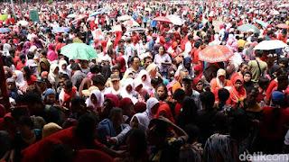 Nah .. ! Pemprov DKI Tegaskan Bukan Sponsor Acara Bagi Sembako di Monas