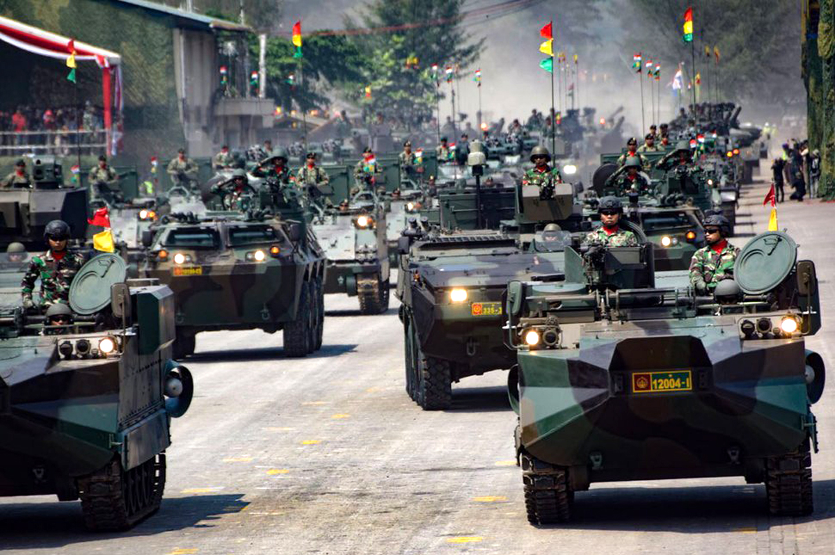 Parade militer Indonesia