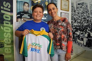 Nicolie Vidal e o filho Paulo Victor: história para contar aos filhos e netos
