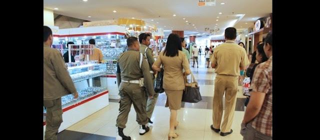 Mayoritas PNS Keluyuran Di Jam Kerja Adalah GURU,.. Nich Contohnya