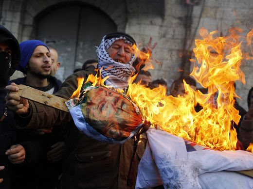 Άγριες συμπλοκές με νεκρό στη Γάζα