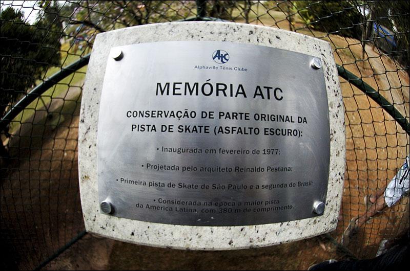 0c153317cdfb1 Aconteceu em São Paulo, 30 julho de 2011, a ação One Love promovida pela  Element, para para comemorar a reinauguração da pista de skate do  Alphaville Tenis ...