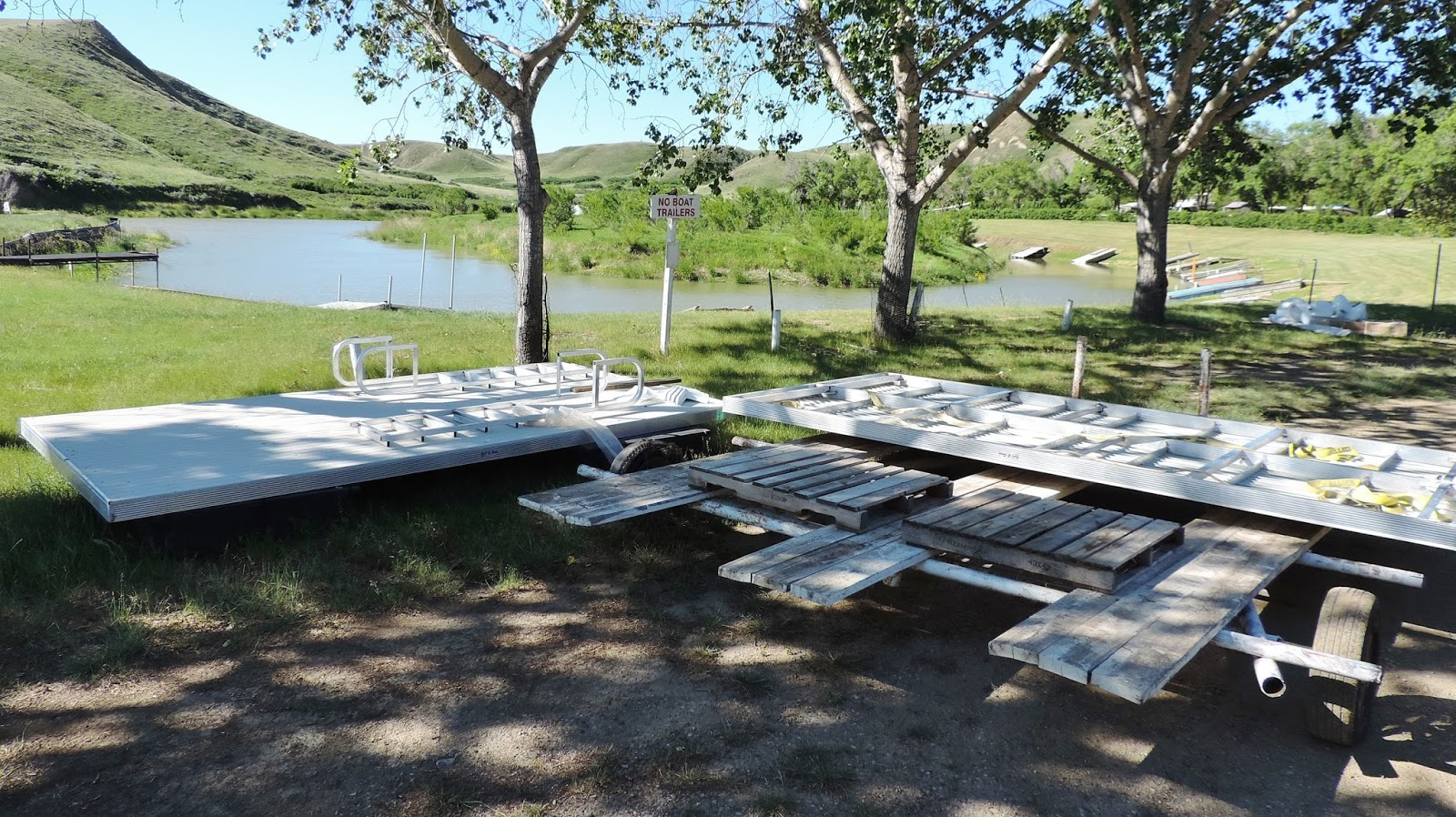 Travel With Kevin And Ruth Why Not Do It Now - Picnic table raft