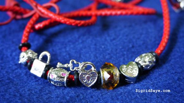 Promate Bracelet Style stereo earphones - pandora beads