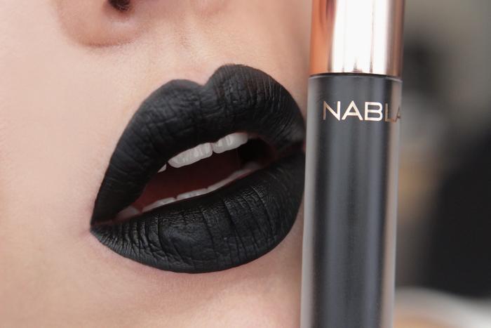 nabla matte liquid lipstick Black Champagne