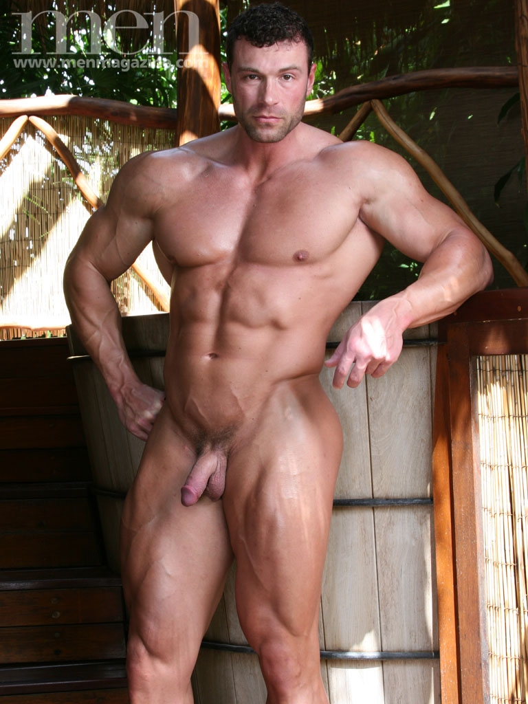 muscled sexy nude men