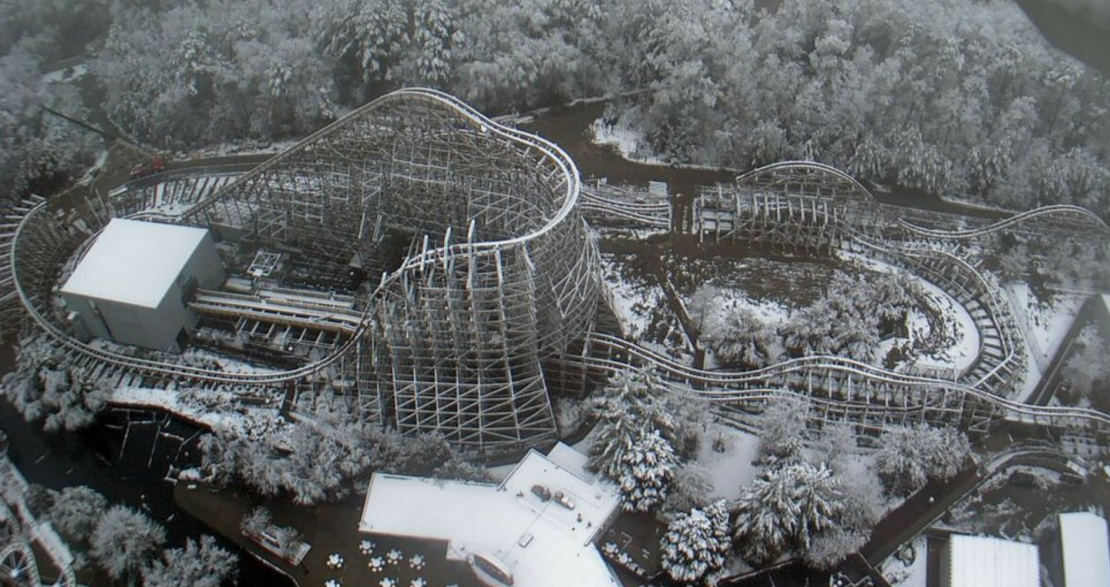 NewsPlusNotes: Kings Dominion Nearly Done with Twisted Timbers Track ...