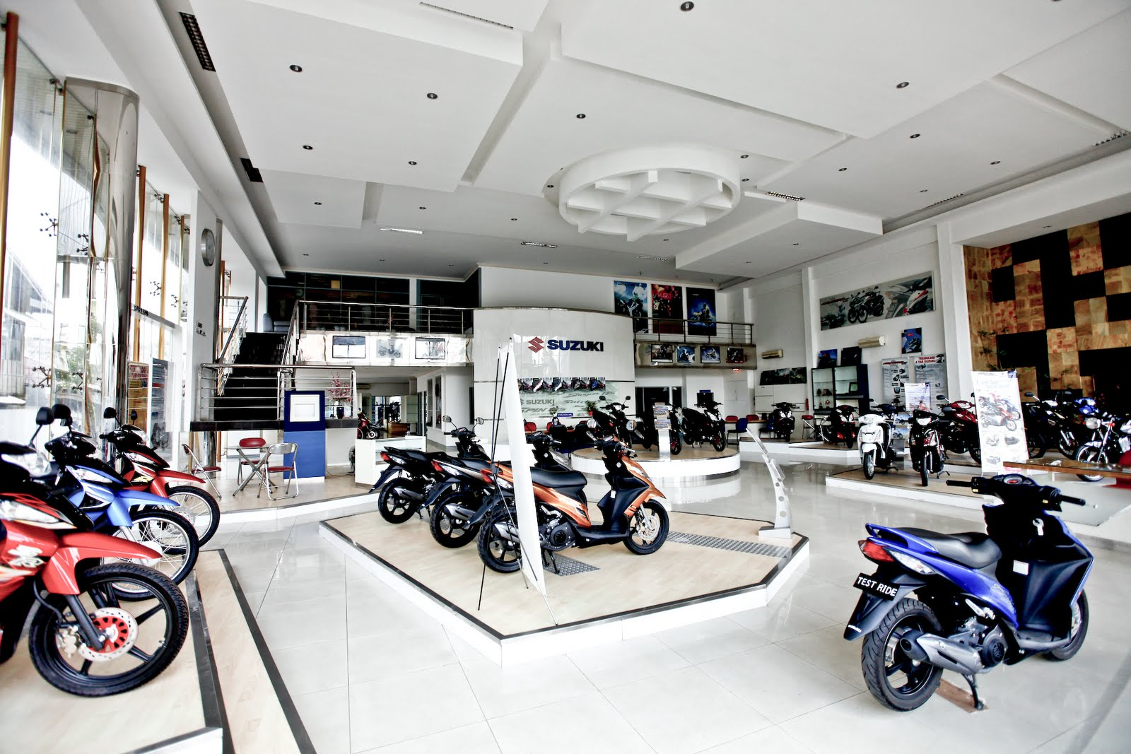 ideal bikes: suzuki motorcycle dealers